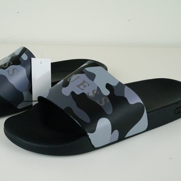 a265f5e5ca6 Guess Slide Sandals Men 12 Camouflage Flip Flops